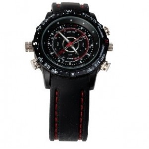 MONTRE CAMERA ESPION ETANCHE